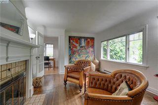 Photo 2: 919 Empress Avenue in VICTORIA: Vi Central Park Single Family Detached for sale (Victoria)  : MLS®# 426936
