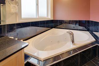 Photo 34: 13612 160 Avenue in Edmonton: Zone 27 House for sale : MLS®# E4206836