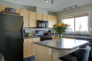 Photo 7: 240 MCKENZIE TOWNE Link SE in Calgary: McKenzie Towne Row/Townhouse for sale : MLS®# A1017413