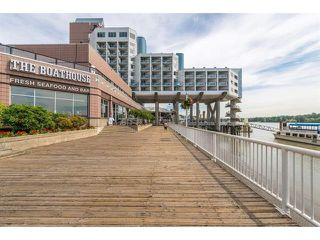 "Photo 24: 1710 988 QUAYSIDE Drive in New Westminster: Quay Condo for sale in ""Riversky2"" : MLS®# R2484608"