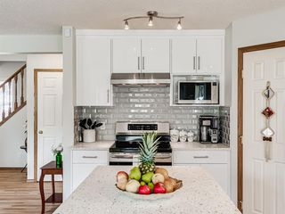 Photo 6: 50 Arbour Crest Way NW in Calgary: Arbour Lake Detached for sale : MLS®# A1039897