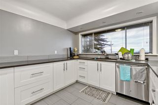Photo 8: 5036 Lochside Dr in : SE Cordova Bay House for sale (Saanich East)  : MLS®# 858478