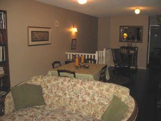 "Photo 3: 1140 FALCON Drive in Coquitlam: Eagle Ridge CQ Townhouse for sale in ""FALLON GATE"" : MLS®# V621929"