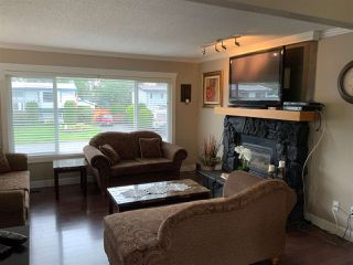 Photo 4: 46024 CLARE Avenue in Chilliwack: Fairfield Island House for sale : MLS®# R2407402