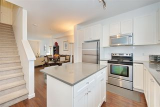 Photo 7: 9 2487 156 Street in Surrey: King George Corridor Townhouse for sale (South Surrey White Rock)  : MLS®# R2428801