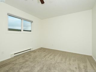 Photo 10: 536 Kenneth Street in VICTORIA: SW Glanford Single Family Detached for sale (Saanich West)  : MLS®# 420291