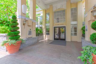 Photo 1: 403 5835 HAMPTON PLACE in Vancouver: University VW Condo for sale (Vancouver West)  : MLS®# R2429188