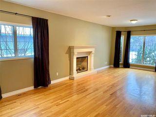 Photo 2: 118 Copland Court in Saskatoon: Grosvenor Park Residential for sale : MLS®# SK810810