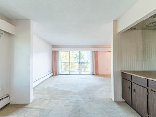 """Photo 18: 213 4111 FRANCIS Road in Richmond: Boyd Park Condo for sale in """"APPLE GREEN"""" : MLS®# R2483616"""
