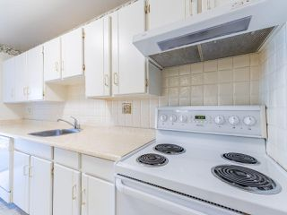 """Photo 10: 213 4111 FRANCIS Road in Richmond: Boyd Park Condo for sale in """"APPLE GREEN"""" : MLS®# R2483616"""