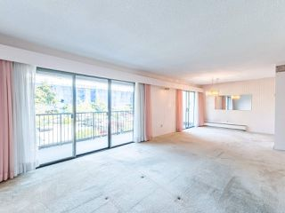 """Photo 15: 213 4111 FRANCIS Road in Richmond: Boyd Park Condo for sale in """"APPLE GREEN"""" : MLS®# R2483616"""
