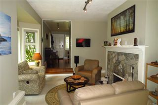 Photo 3: 12 1287 Verdier Ave in : CS Brentwood Bay Row/Townhouse for sale (Central Saanich)  : MLS®# 853597