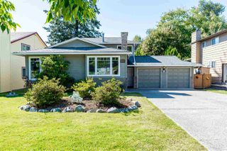 Photo 1: 6309 180A Street in Surrey: Cloverdale BC House for sale (Cloverdale)  : MLS®# R2499272