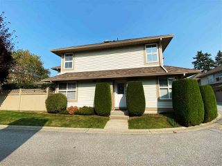 """Photo 2: 30 12165 75 Avenue in Surrey: West Newton Townhouse for sale in """"Strawberry Hill Estates"""" : MLS®# R2504132"""