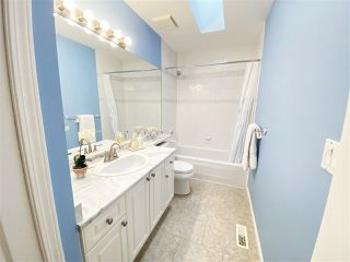 """Photo 25: 30 12165 75 Avenue in Surrey: West Newton Townhouse for sale in """"Strawberry Hill Estates"""" : MLS®# R2504132"""