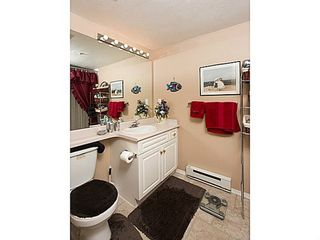 Photo 10: 108 15895 84 Ave in Surrey: Fleetwood Tynehead Home for sale ()  : MLS®# F1422946