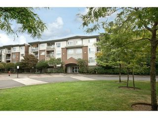 Photo 2: 108 15895 84 Ave in Surrey: Fleetwood Tynehead Home for sale ()  : MLS®# F1422946