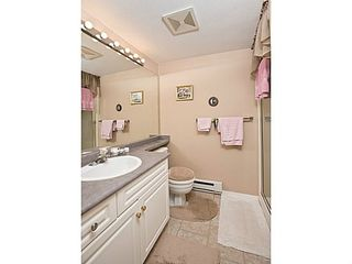 Photo 8: 108 15895 84 Ave in Surrey: Fleetwood Tynehead Home for sale ()  : MLS®# F1422946