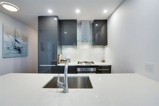 Photo 4: 2608 1283 HOWE STREET in Vancouver: Downtown VW Condo for sale (Vancouver West)  : MLS®# R2494812