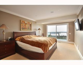 Photo 5: 1342 CAMRIDGE RD in West Vancouver: House for sale : MLS®# V804594