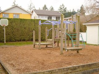 "Photo 11: 19 45286 Watson Road in Chilliwack: Sardis West Vedder Rd Townhouse for sale in ""Watson Willows"" : MLS®# H1004886"