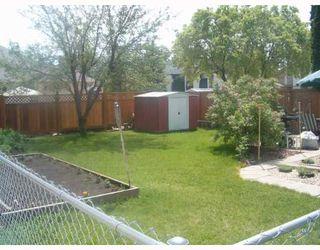 Photo 8: 135 CALLUM Crescent in WINNIPEG: North Kildonan Single Family Attached for sale (North East Winnipeg)  : MLS®# 2709964