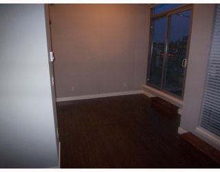 "Photo 6: PH3 587 W 7TH Avenue in Vancouver: Fairview VW Condo for sale in ""AFFINITI"" (Vancouver West)  : MLS®# V696581"