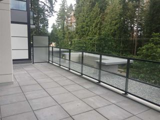 Photo 1: 305 3096 WINDSOR Gate in Coquitlam: New Horizons Condo for sale : MLS®# R2388504