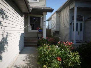 Photo 2: 8327 Shaske Crescent in Edmonton: Zone 14 House for sale : MLS®# E4168868
