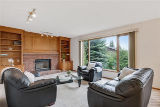 Photo 11: 709 EDGEBANK Place NW in Calgary: Edgemont Detached for sale : MLS®# C4259553