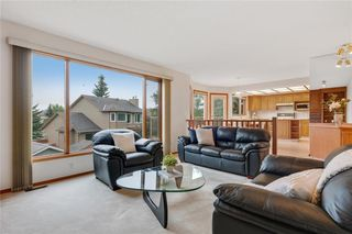 Photo 13: 709 EDGEBANK Place NW in Calgary: Edgemont Detached for sale : MLS®# C4259553