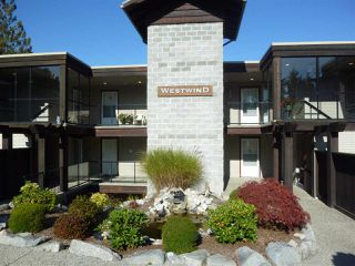 "Photo 1: W201 5780 TRAIL Avenue in Sechelt: Sechelt District Condo for sale in ""THE BLUFF"" (Sunshine Coast)  : MLS®# R2409652"