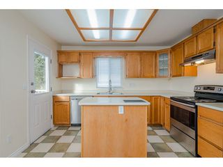 Photo 9: 27242 32B Avenue in Langley: Aldergrove Langley House for sale : MLS®# R2409871