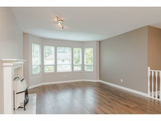 Photo 4: 27242 32B Avenue in Langley: Aldergrove Langley House for sale : MLS®# R2409871