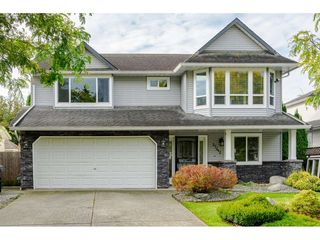 Photo 2: 27242 32B Avenue in Langley: Aldergrove Langley House for sale : MLS®# R2409871