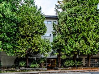 "Photo 15: 311 423 AGNES Street in New Westminster: Downtown NW Condo for sale in ""The Ridgeview"" : MLS®# R2415243"