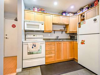"Photo 3: 311 423 AGNES Street in New Westminster: Downtown NW Condo for sale in ""The Ridgeview"" : MLS®# R2415243"