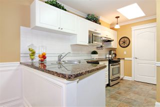 """Photo 8: 9 31501 UPPER MACLURE Road in Abbotsford: Abbotsford West Townhouse for sale in """"MACLURES WALK"""" : MLS®# R2430968"""