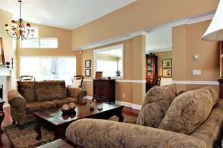 """Photo 3: 9 31501 UPPER MACLURE Road in Abbotsford: Abbotsford West Townhouse for sale in """"MACLURES WALK"""" : MLS®# R2430968"""