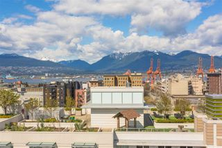 "Photo 13: 1807 188 KEEFER Street in Vancouver: Downtown VE Condo for sale in ""188 Keefer"" (Vancouver East)  : MLS®# R2453086"