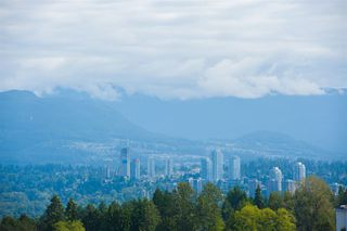Photo 5: 2202 7325 ARCOLA Street in Burnaby: Highgate Condo for sale (Burnaby South)  : MLS®# R2466537