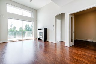 Photo 9: 409 6628 120 STREET in Surrey: West Newton Condo for sale : MLS®# R2463342