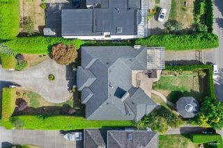 Photo 5: 13976 MARINE Drive: White Rock House for sale (South Surrey White Rock)  : MLS®# R2503536