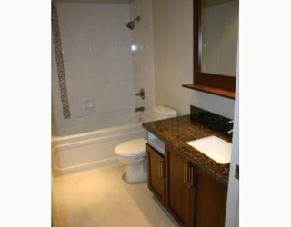 Photo 4: # 203 2288 W BROADWAY in Vancouver: Condo for sale : MLS®# V802388