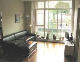Photo 2: # 203 2288 W BROADWAY in Vancouver: Condo for sale : MLS®# V802388
