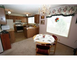 Photo 4:  in CALGARY: Whitehorn Residential Detached Single Family for sale (Calgary)  : MLS®# C3262057