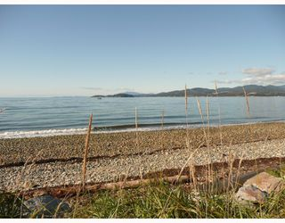 "Photo 2: 107 5160 DAVIS BAY Road in Sechelt: Sechelt District Condo for sale in ""THE WEST"" (Sunshine Coast)  : MLS®# V674442"