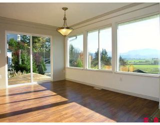 Photo 6: 35619 DINA Place in Abbotsford: Abbotsford East House for sale : MLS®# F2728107