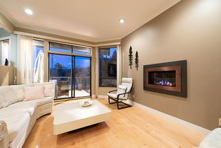 """Photo 4: 2609 PANORAMA Drive in North Vancouver: Deep Cove House for sale in """"Deep Cove"""" : MLS®# R2393630"""