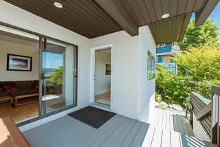 """Photo 13: 2609 PANORAMA Drive in North Vancouver: Deep Cove House for sale in """"Deep Cove"""" : MLS®# R2393630"""